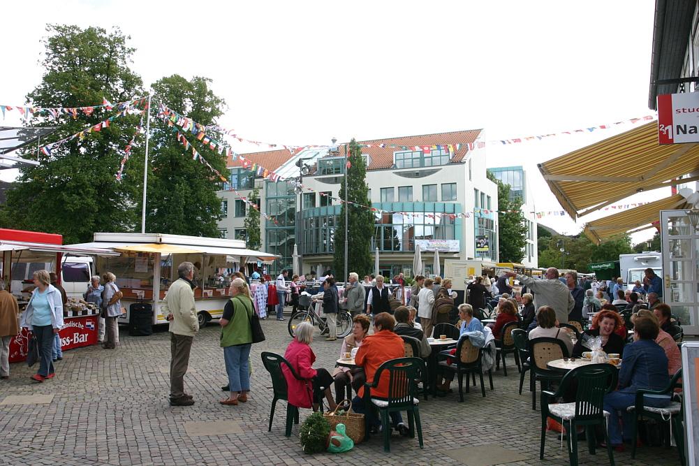 Rathaus am Markttag